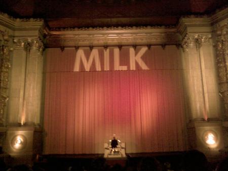 Milk-web